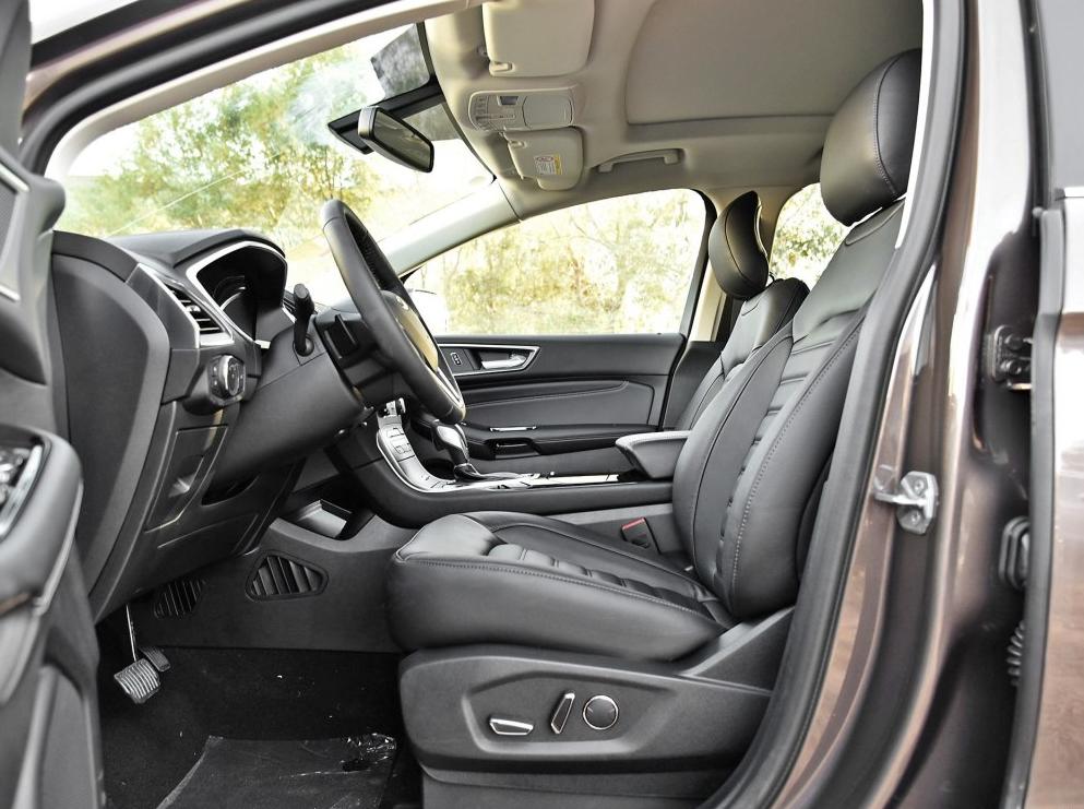 零首付购车车型福特锐界2018款 EcoBoost 245两驱豪锐型7座相关图片展示