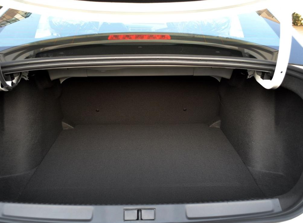 零首付购车车型雪铁龙 C4世嘉 2018款 1.6L 自动舒适型相关图片展示