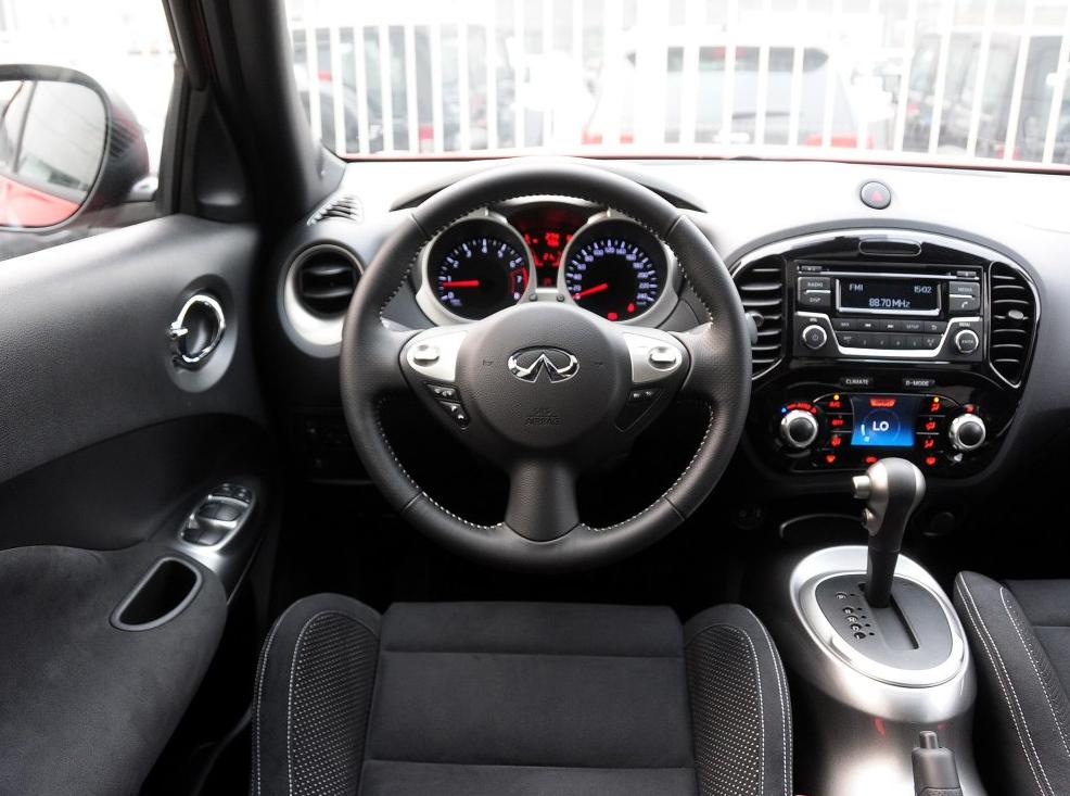 零首付购车车型英菲尼迪 ESQ(进口) 2014款 1.6L 率性版相关图片展示