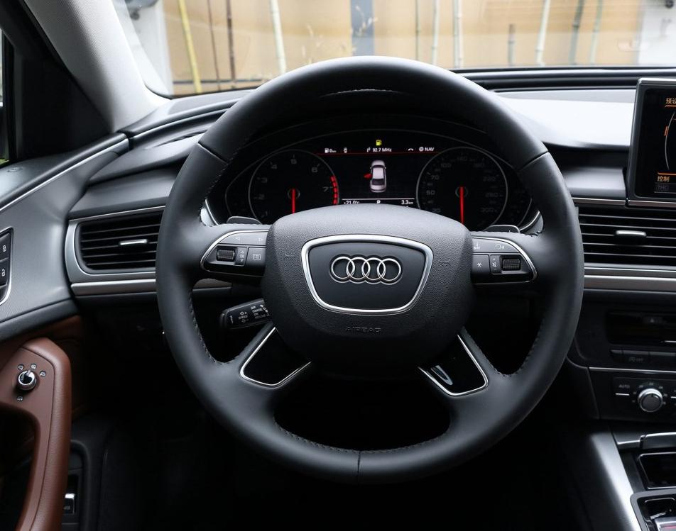 零首付购车车型奥迪 A6L 2018款 30周年年型 TFSI 进取型相关图片展示