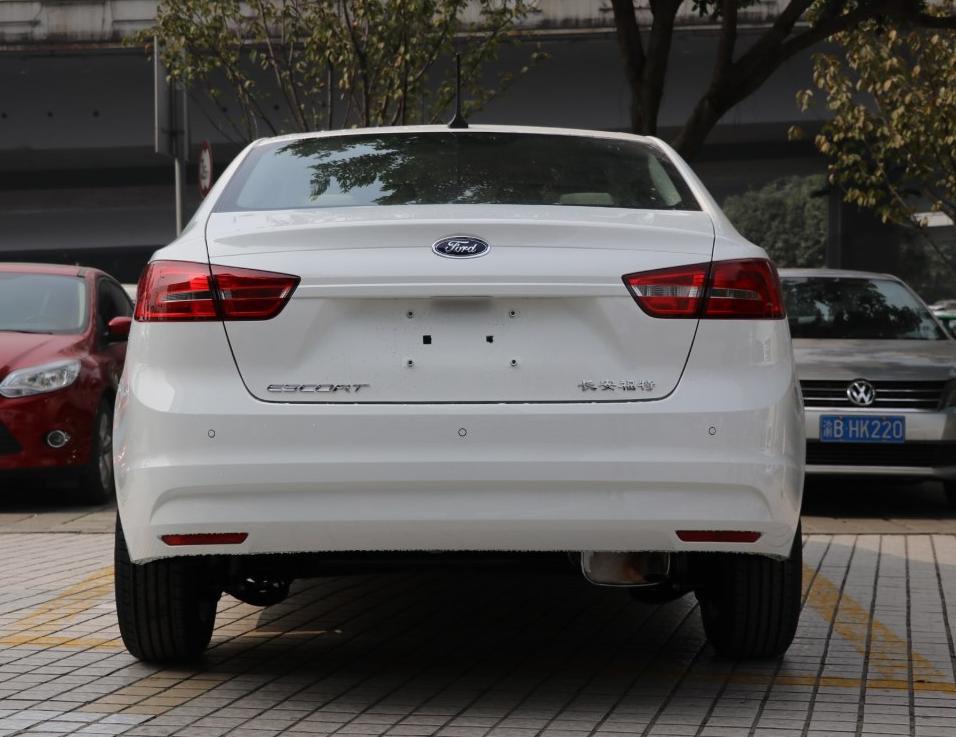 零首付购车车型福特 福睿斯 2017款 1.5L 自动舒适型相关图片展示