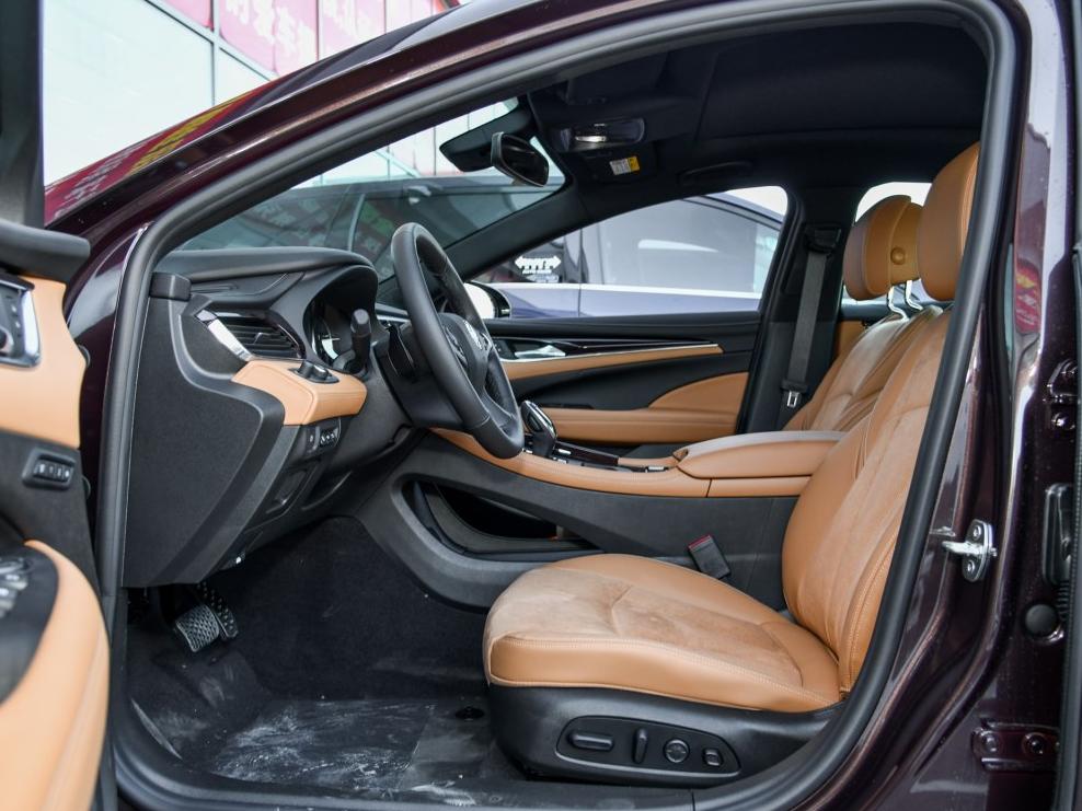 零首付购车车型别克 君越 2018款 20T 豪华型相关图片展示